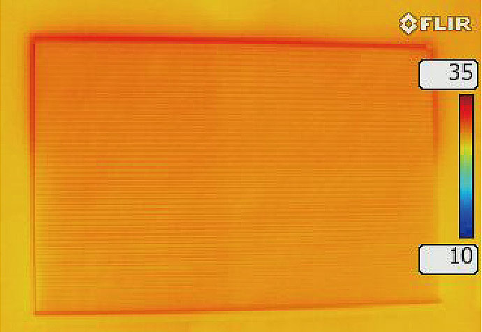 ハニカム構造・断熱ブラインド設置後のサーモ画像(夏)